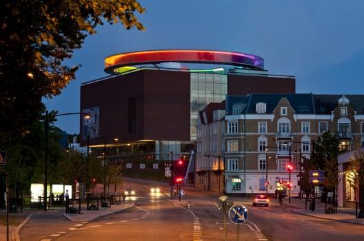 your-rainbow-panorama-studio-olafur-eliasson-dinamarca